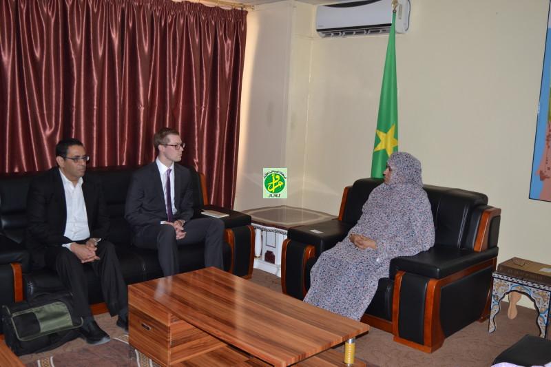 Ami la ministre du commerce de l industrie et du for Chambre de commerce mauritanie